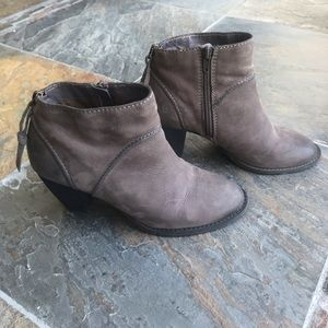 Tesori Gray Leather Ankle Boots Booties 8W
